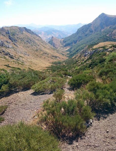 Valle sin nombre cerca de Aralla_Leon